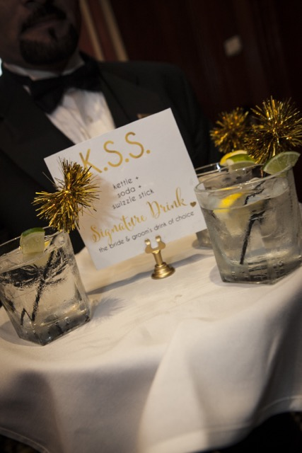 SignatureDrink_Sign_TheGiftInsiderWedding