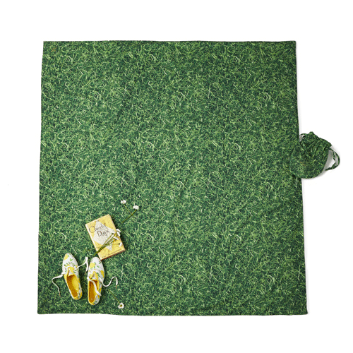 kate-spade-new-york-picnic-blanket-the-grass-is-greener