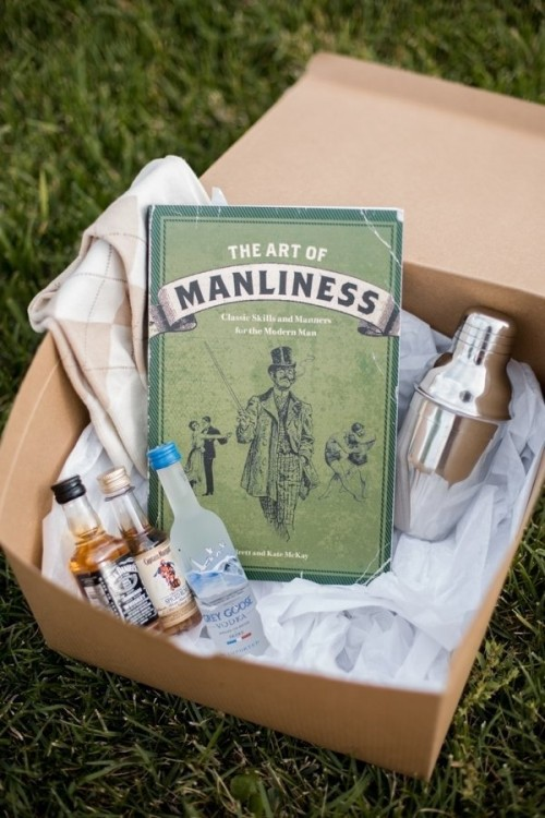 Wedding Party Gift Ideas For Groomsmen Canada : box with all the necessary fixings! A totally easy thing to put ...
