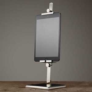 Metal iPad Easel